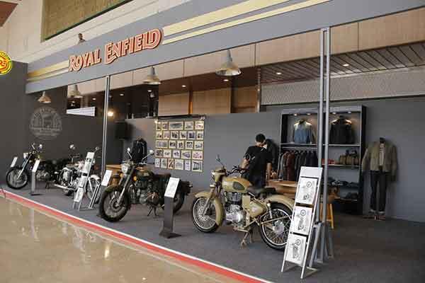 Booth Royal Enfield di GIIAS 2015