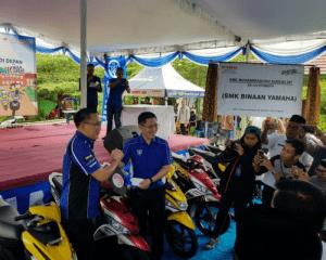 Donasi Motor Yamaha untuk 10 SMK