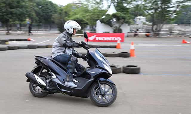 All New Honda PCX Hybrid Test Ride