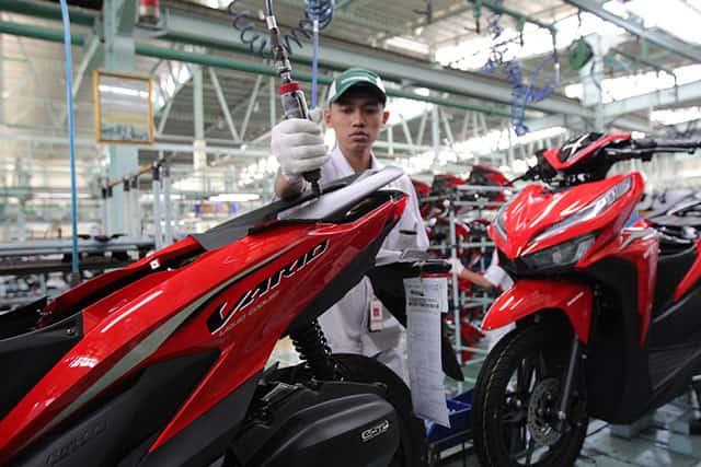 Produksi Honda Vario di Pabrik AHM